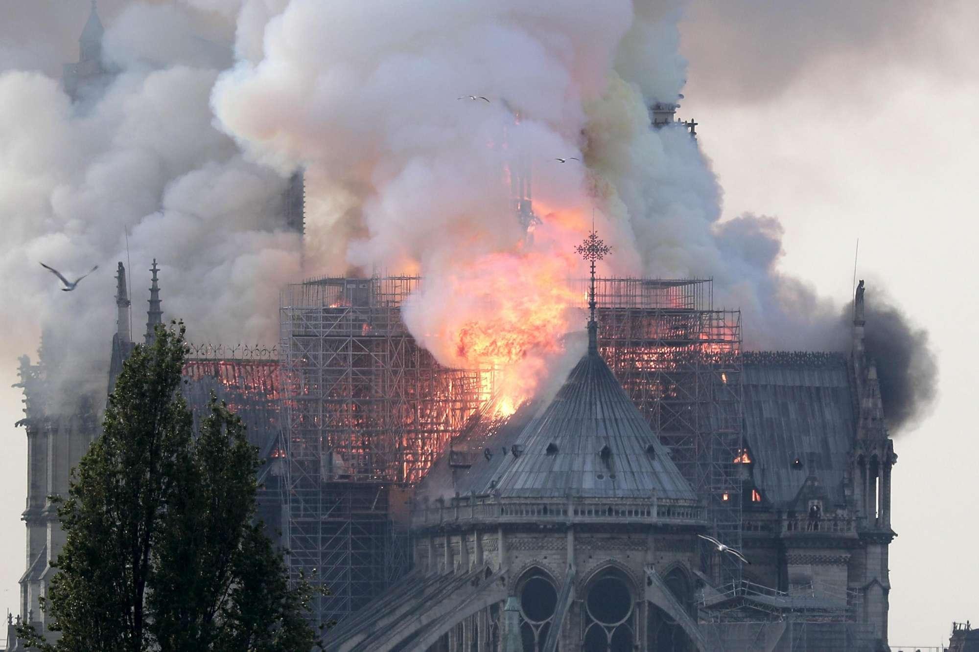 Notre_Dame_feu