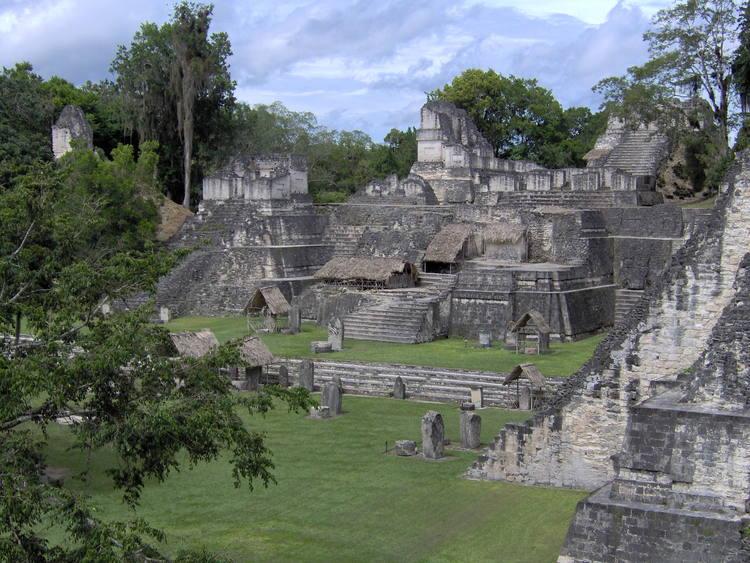 (c)Tikal_Lionel Lalaité